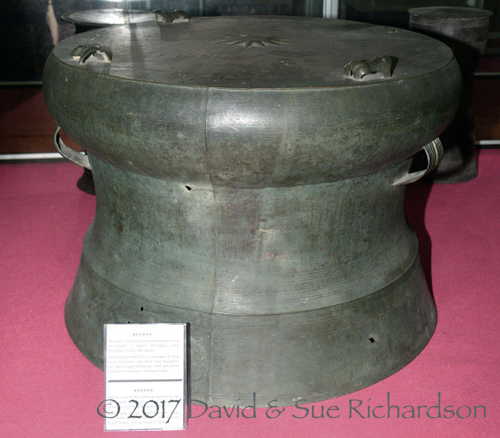 Description: Bronze drum on Alor