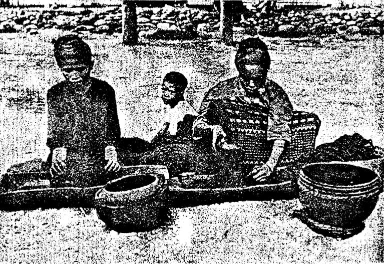 Description: Women at Sikka dyeing skeins of cotton